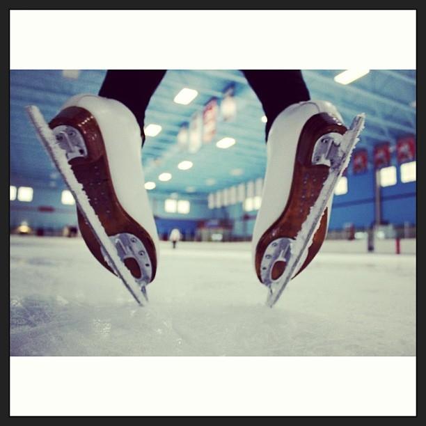 skates+mullett
